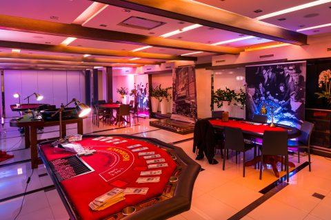stoły casino